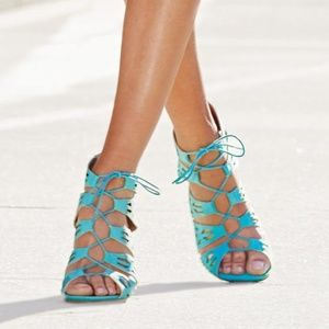 Shoes - New WOT Lace-it-up sandal size 9 turquoise